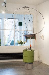 gelper-object_in_a_spherical_theme